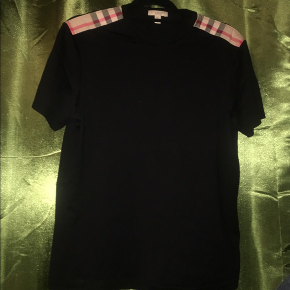 c2bc7005 Burberry Shirts | Medium Crewneck Tshirt | Poshmark